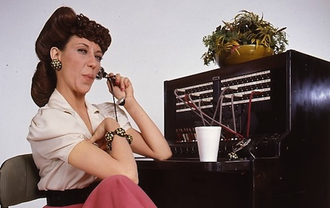 Lilly Tomlin ''one ringy-dingy...''
