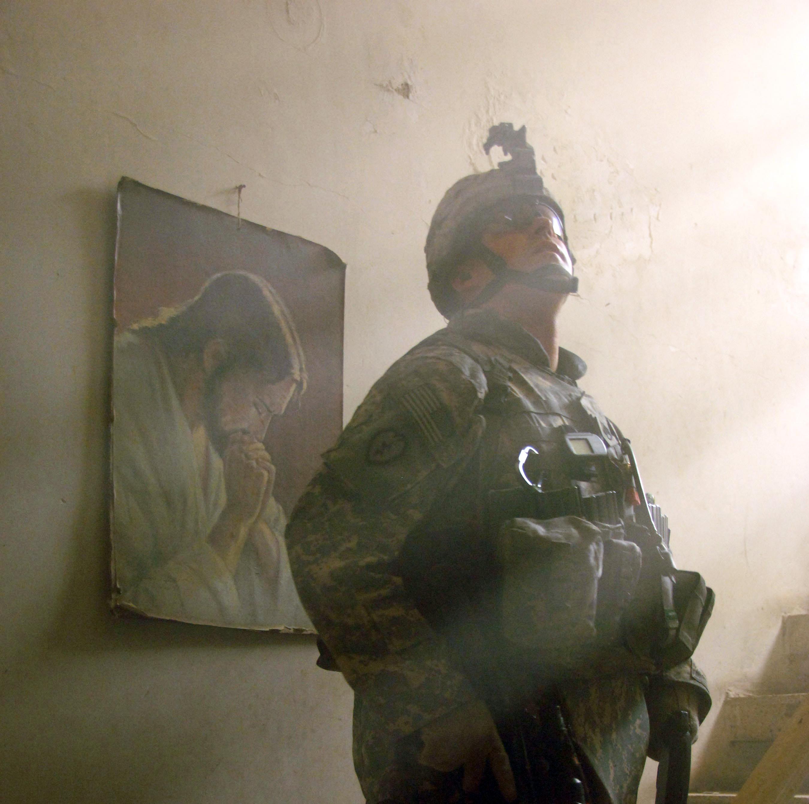 Jesus behind soldier in Iraq
