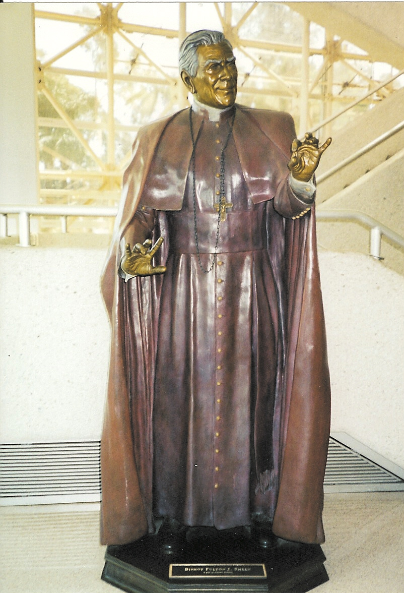 Statue of Sheen at Crystal Cathedral