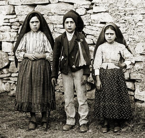 three creepy kids