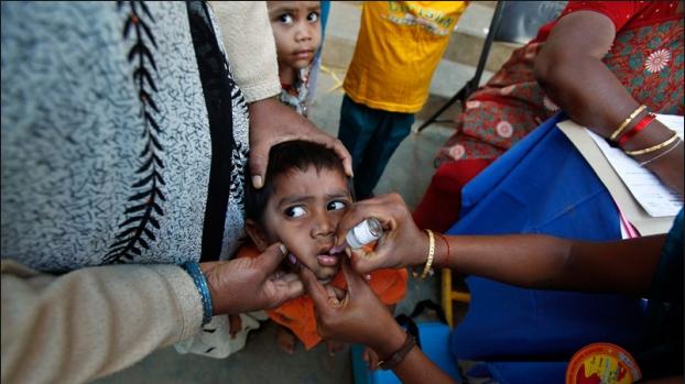 india child oral polio vaccine